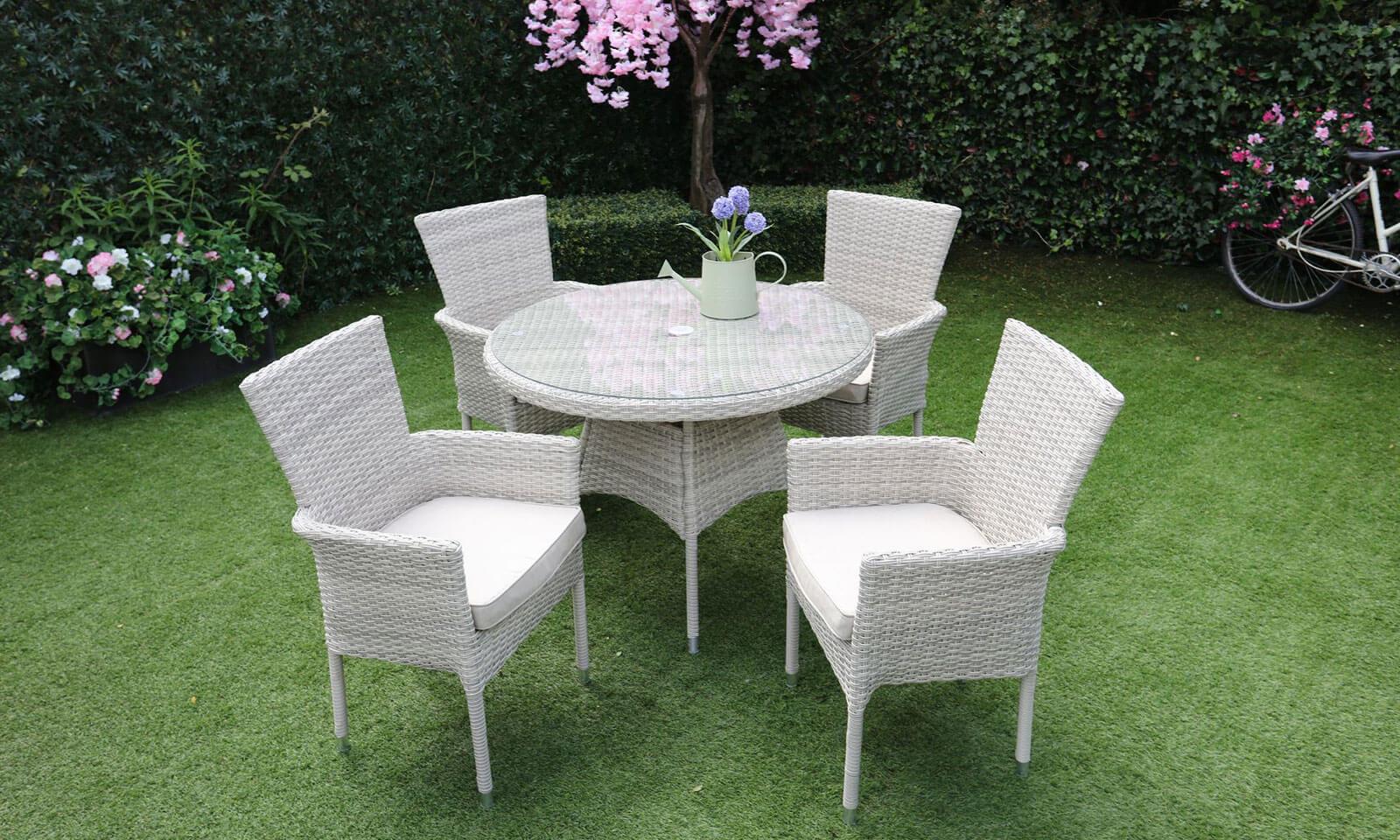 glenarm bay 4 seat round dining